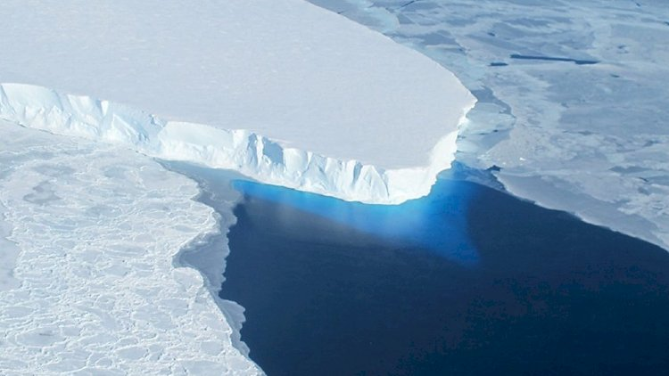 Do you know how speed the Antarctic Ice is moving?